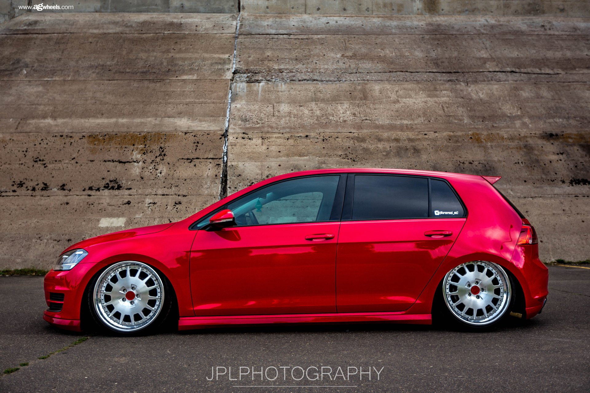 vw golf mk7 on air suspension and avant garde rims gallery. Black Bedroom Furniture Sets. Home Design Ideas