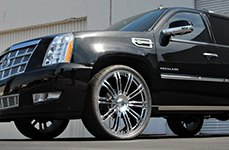 KMC® - D2 Chrome on Cadillac Escalade