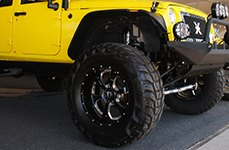 KUMHO® - ROAD VENTURE MT Tires on Jeep Wrangler