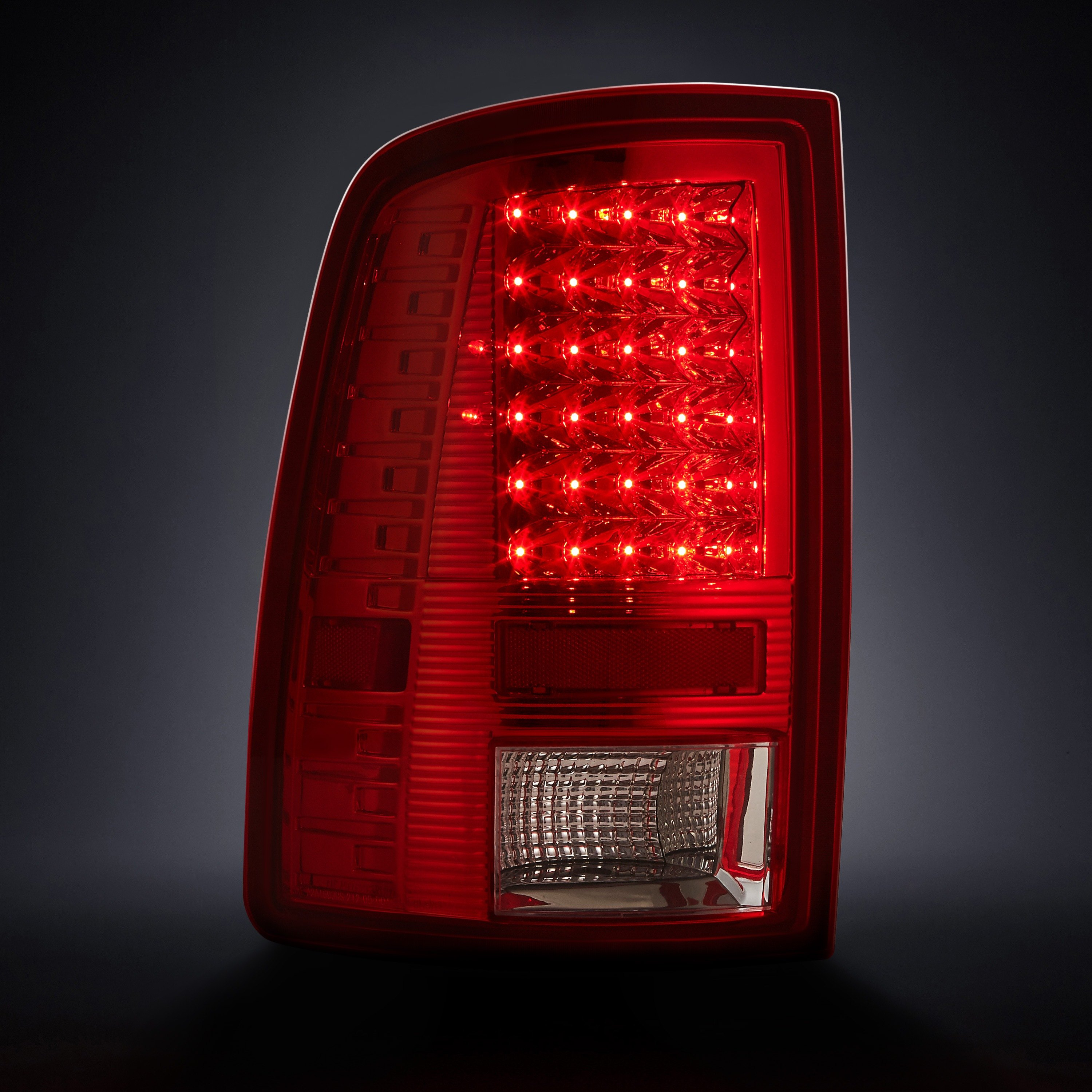 lumen ram 1500 with factory incandescent tail lights 2015 2018 chrome red clear led tail lights. Black Bedroom Furniture Sets. Home Design Ideas