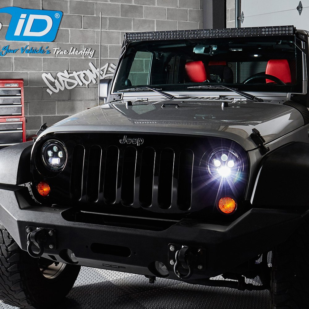 Round Chrome Projector Led Headlights With Switchback Halo Installed On A Jeep Wrangler Low Beam Light