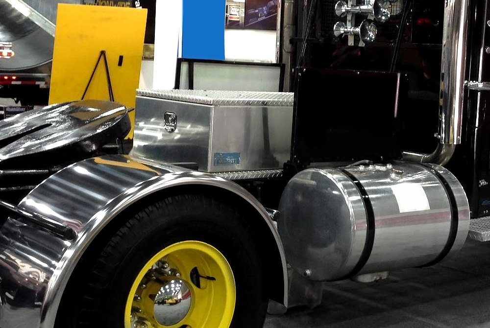 Merritt Aluminum™ | Semi Truck & Trailer Accessories — CARiD.com