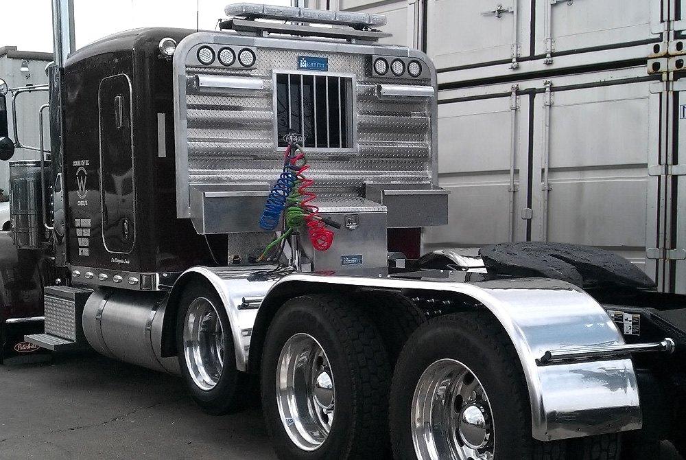 Semi Tractor Accessories : Merritt aluminum™ semi truck trailer accessories