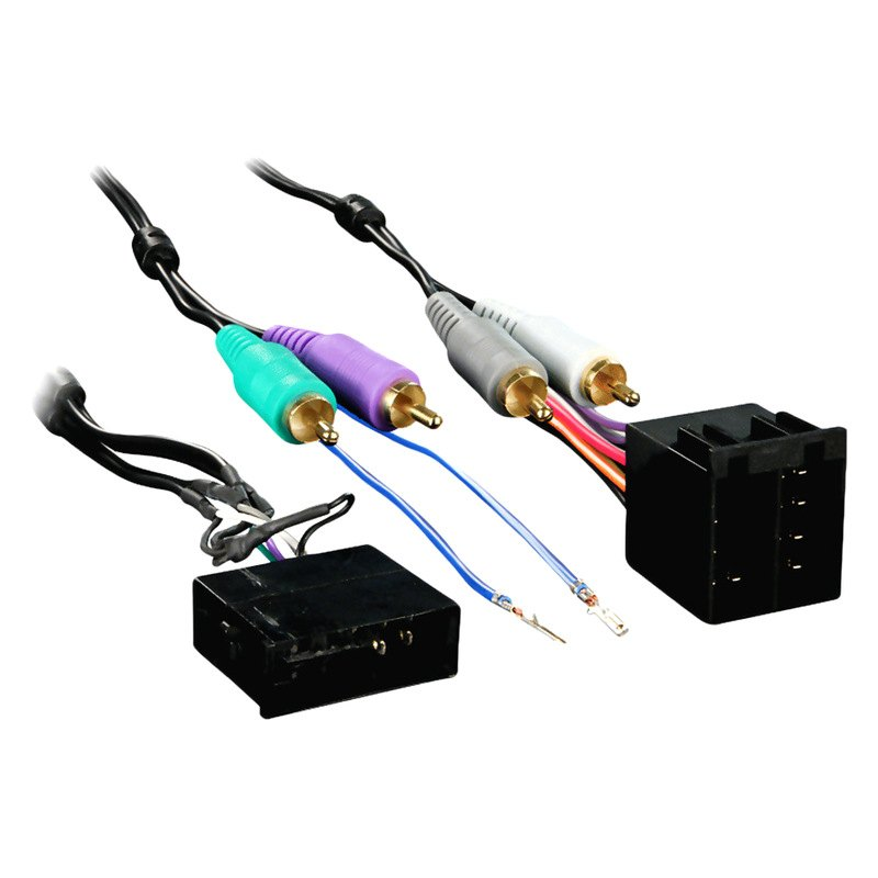 metra® aftermarket radio wiring harness with oem plug and amplifier integration