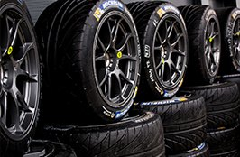 MICHELIN® - Tires on Presentation