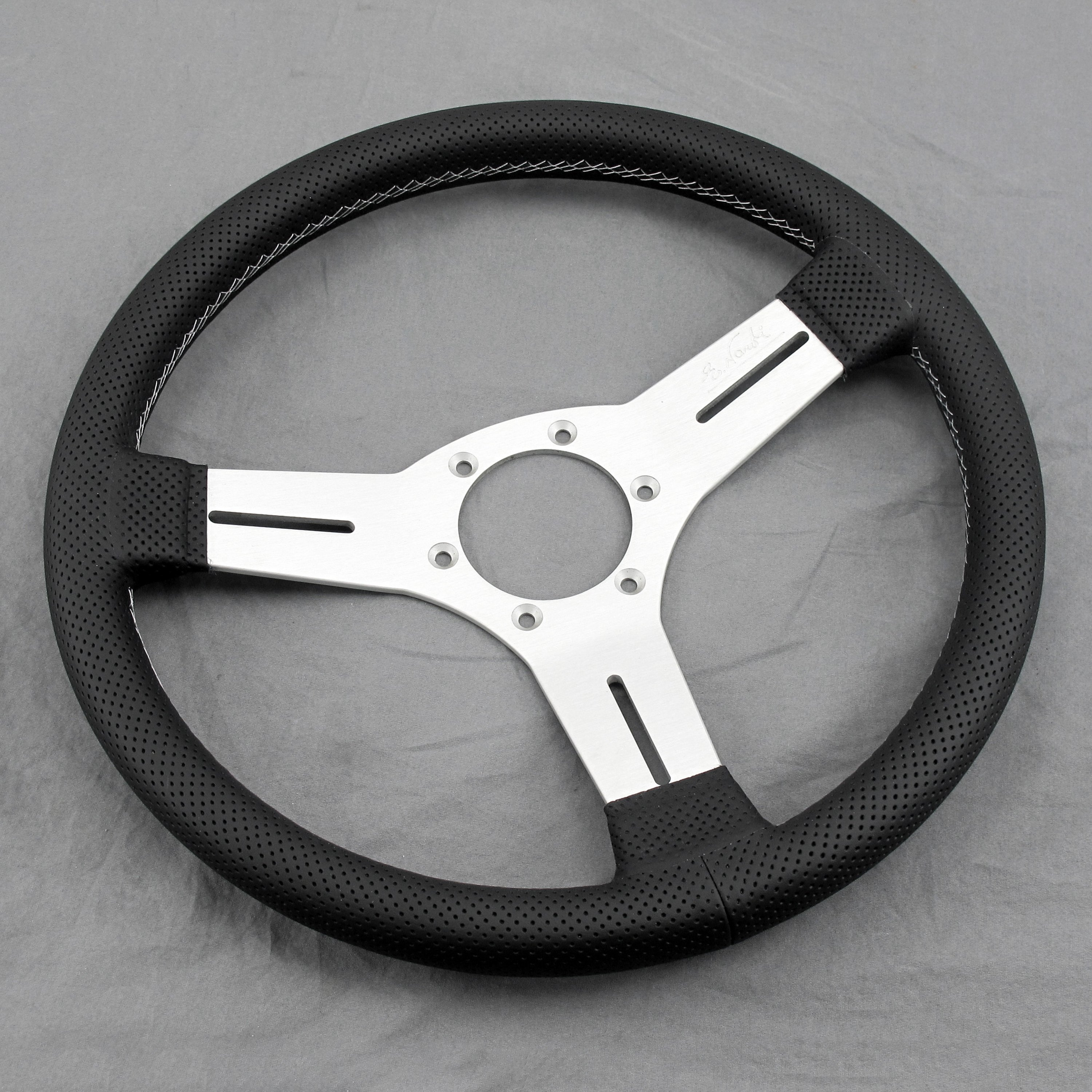 Nardi® - 3-Spoke Competition Leather Steering Wheel
