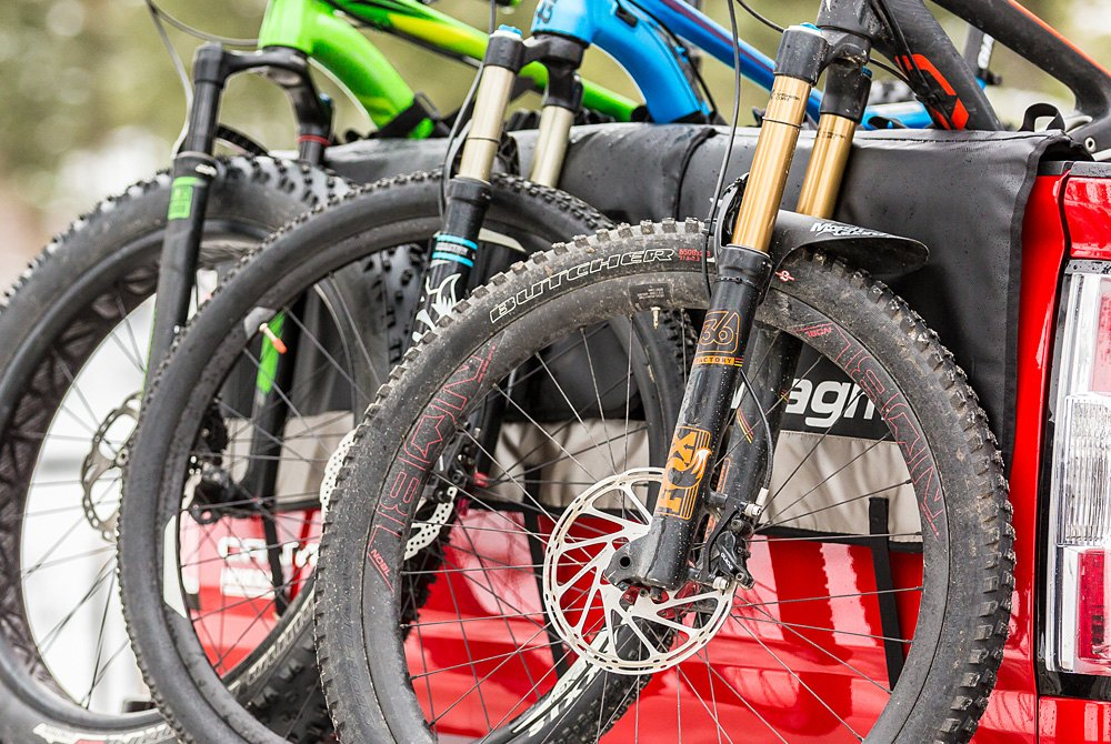 Truck Bed Pad >> Truck Bed Mount Bike Racks Fork Wheel Frame Mounts Tailgate Pads