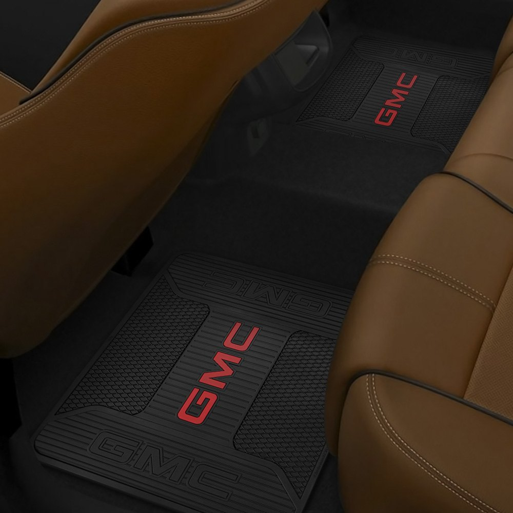 plasticolor 001109r01 2nd row footwell coverage black rubber floor mat with gmc logo. Black Bedroom Furniture Sets. Home Design Ideas