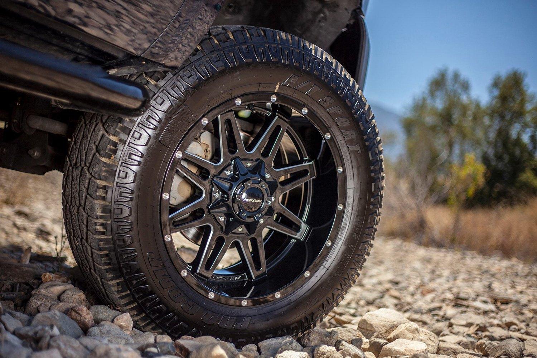 pro comp  sport tires