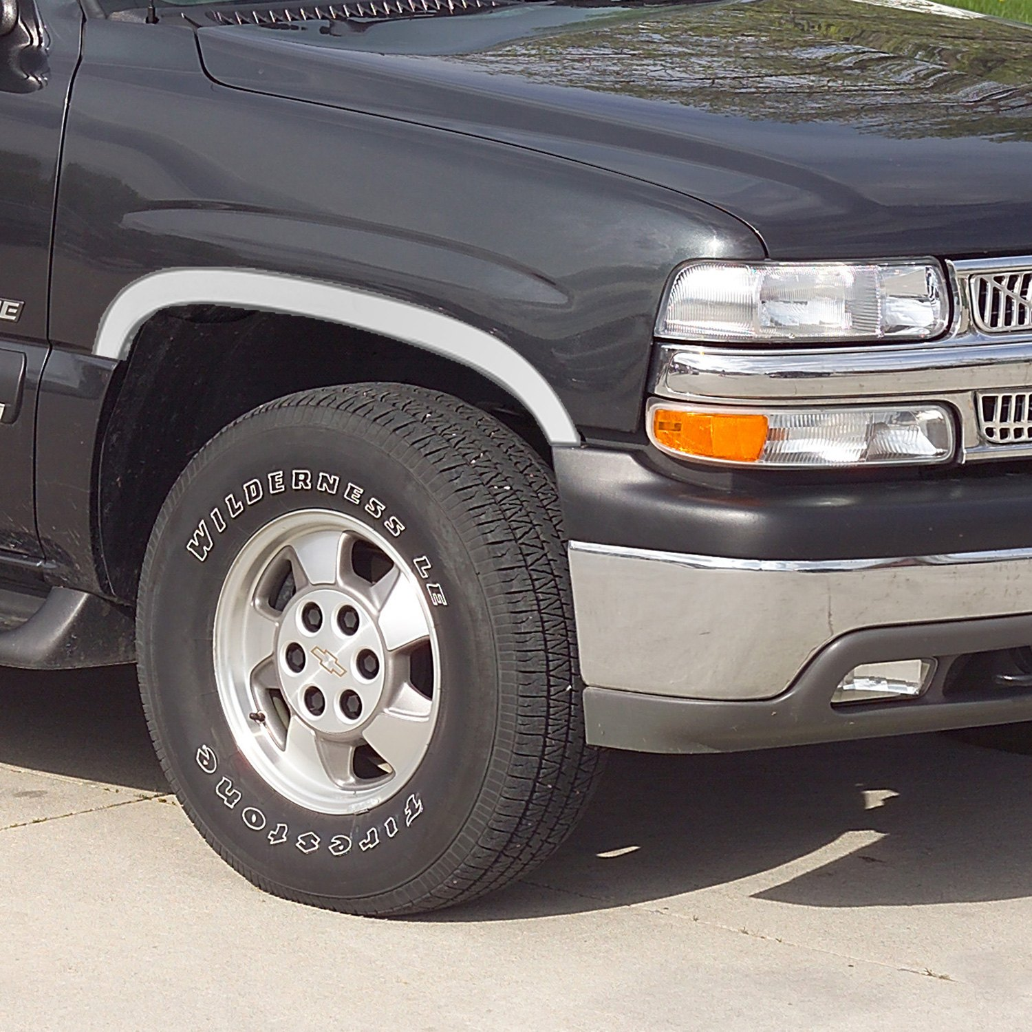 1997 Chevrolet Tahoe Exterior: Chevy Tahoe 1997 Polished Fender Trim