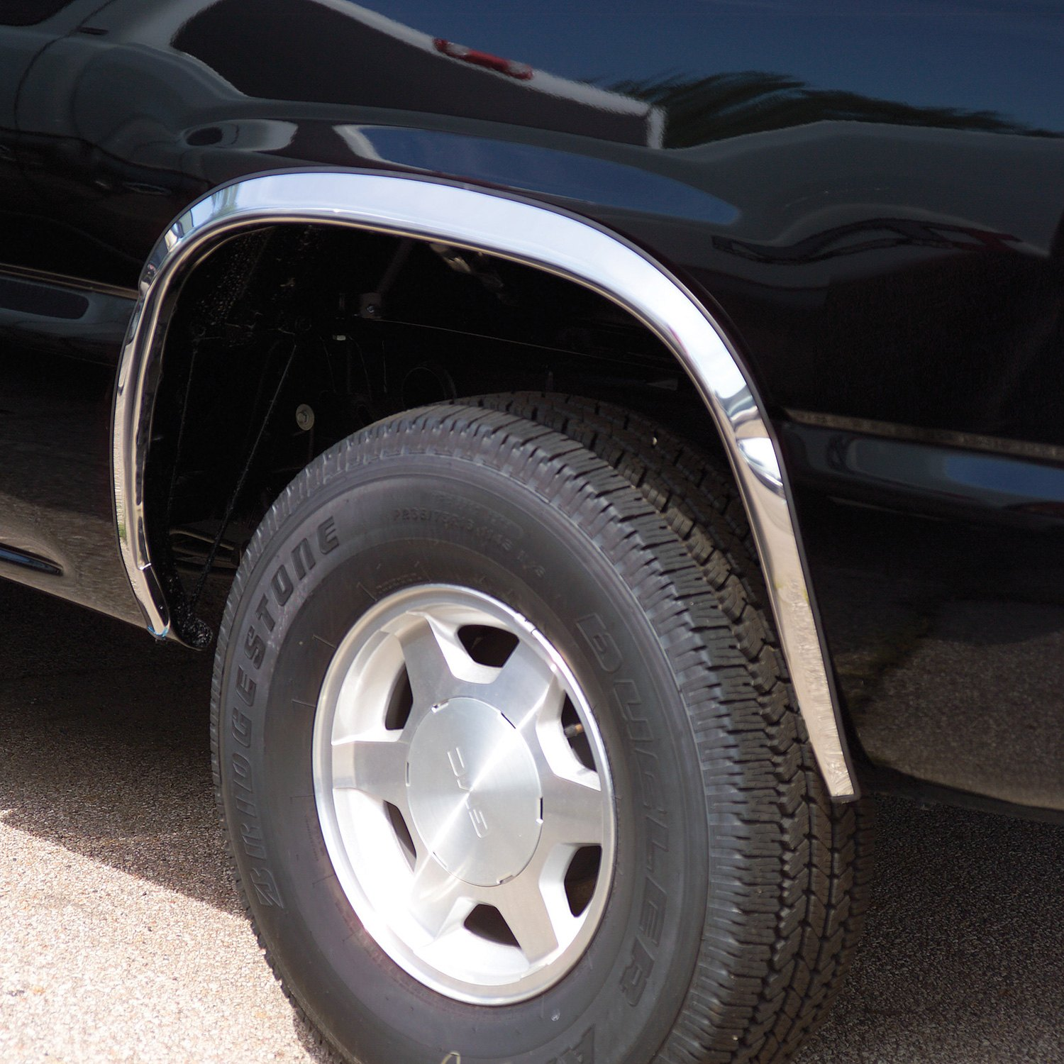Used Cadillac Escalade Parts For Sale: Cadillac Escalade 2002 Polished Fender Trim