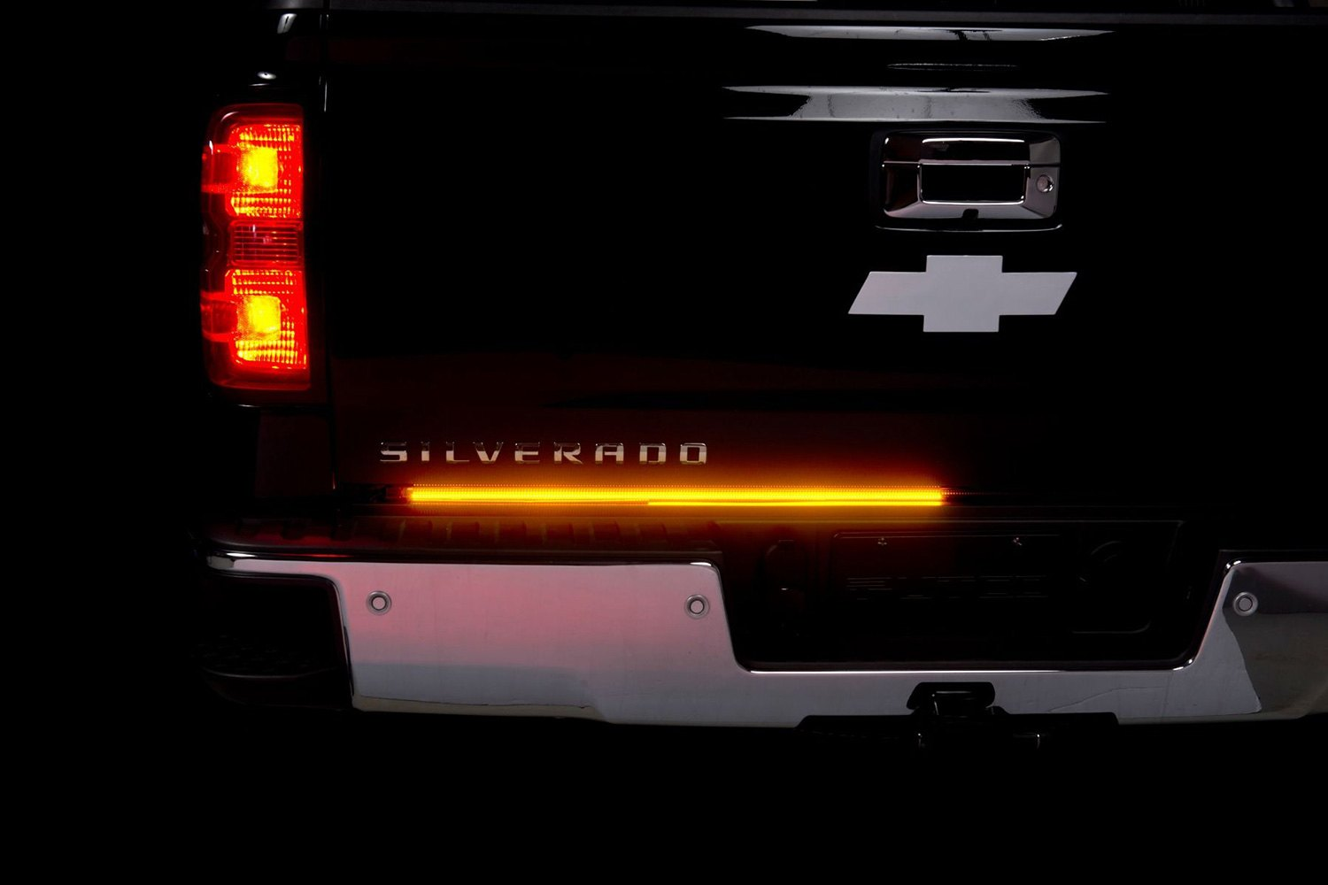 Putco quot blade led tailgate light bar with