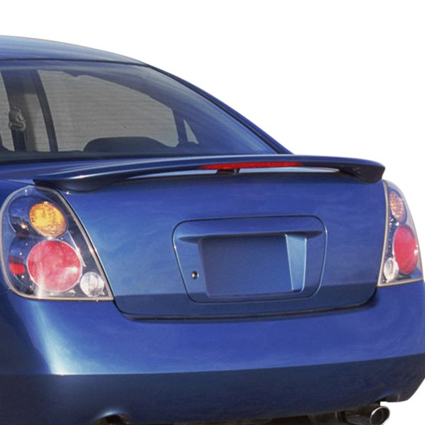 2014 nissan altima tail light replacement