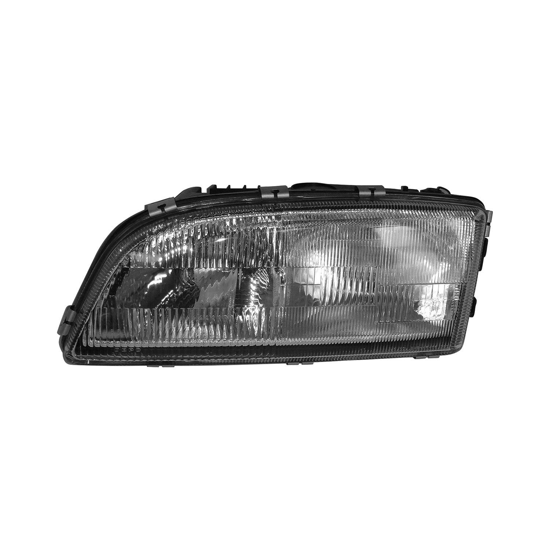 Vo on 2000 Volvo S70 Headlight