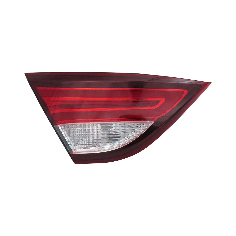 Chrysler 200 C / Limited / LX / S Sedan 2015