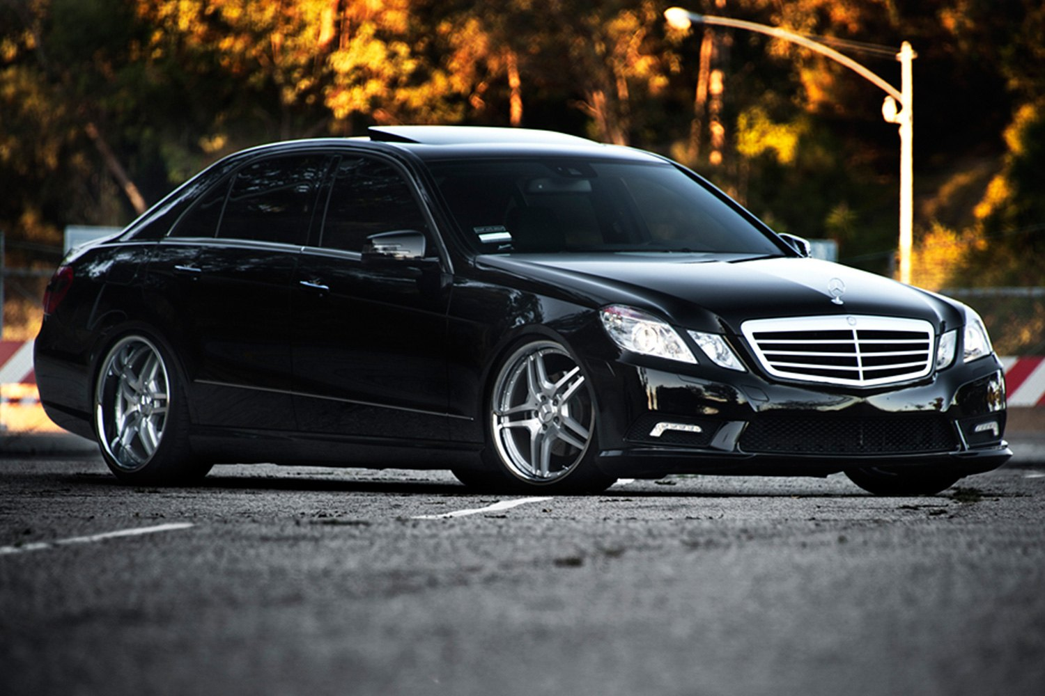 Mercedes Parts Center >> RODERICK® RW2 Wheels - Silver with SS Lip Rims