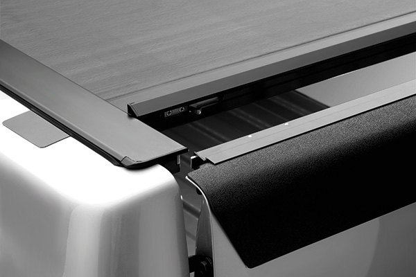 Roll N Lock 174 M Series Retractable Tonneau Cover
