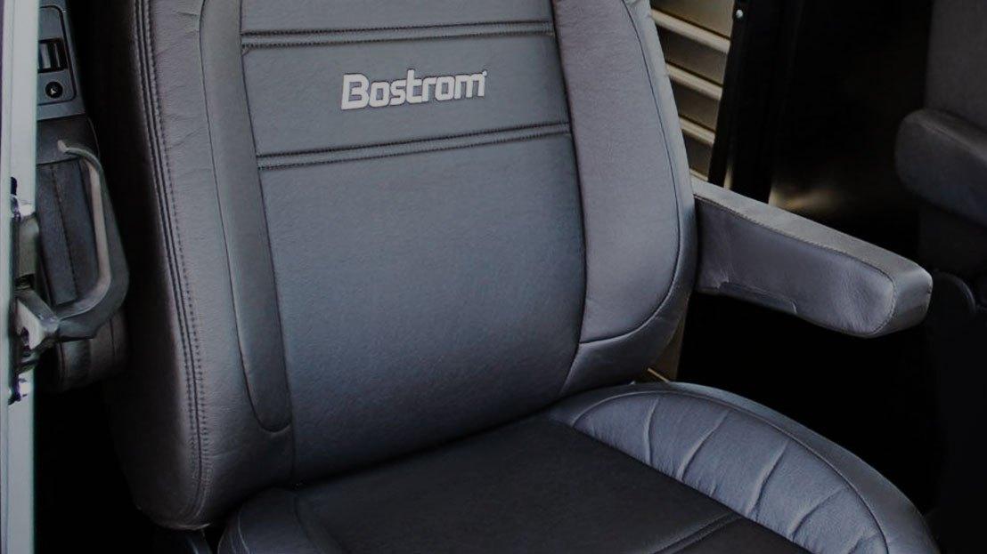 Semi Truck Interior Accessories   Dash Kits, Seat Covers, Floor Mats