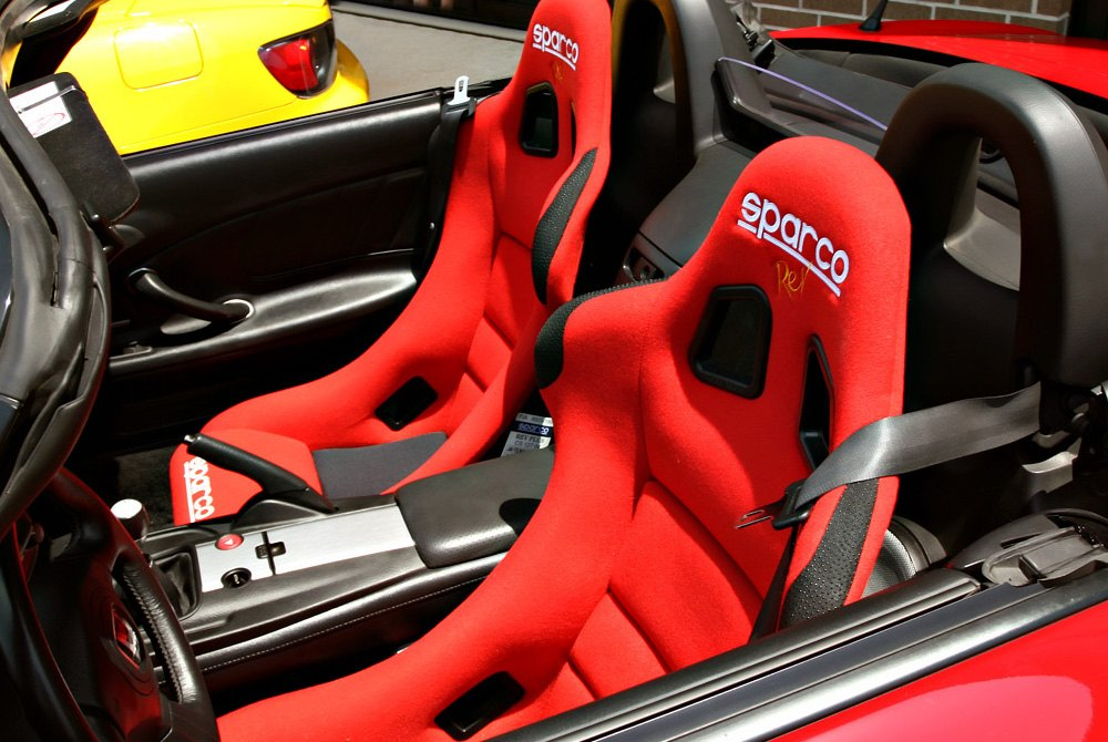 sparco usa racing seats steering wheels gear. Black Bedroom Furniture Sets. Home Design Ideas
