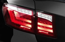 Spec-D® - LED Tail Lights on BMW 7-Series