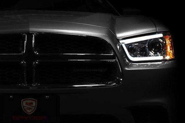 Spyder Projector Headlights Amp Led Tail Lights Carid Com