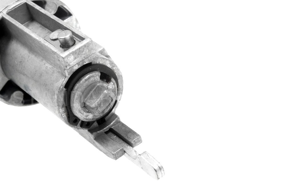 service manual  how to replace ignition tumbler 2006