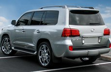 STATUS® - CROWN Chrome with Black Inserts on Lexus LX470