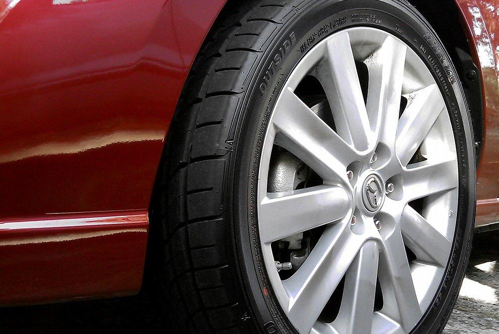 SUMITOMO® HTR Z III Tires