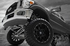 TIS® - 535B Satin Black with Milled Lip Accents on Ford F-250