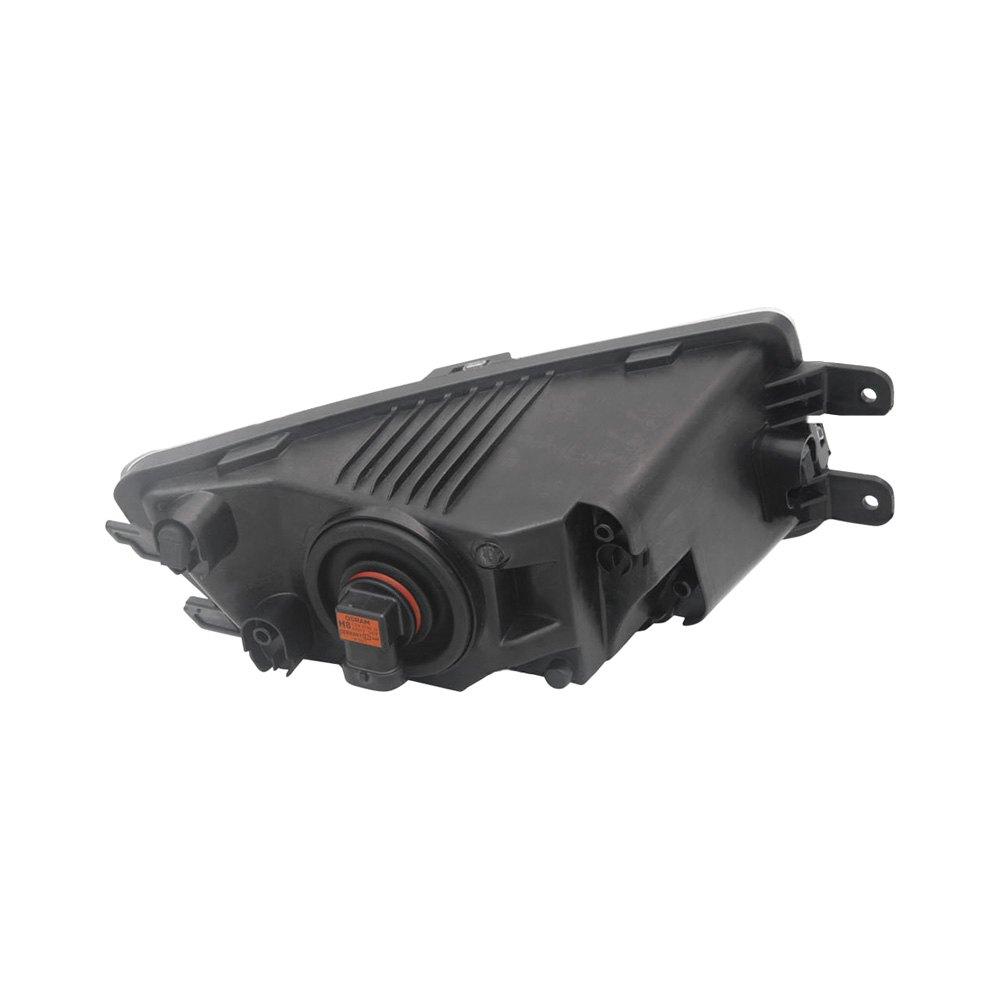 TYC® - Volkswagen Passat 2012 Replacement Fog Light