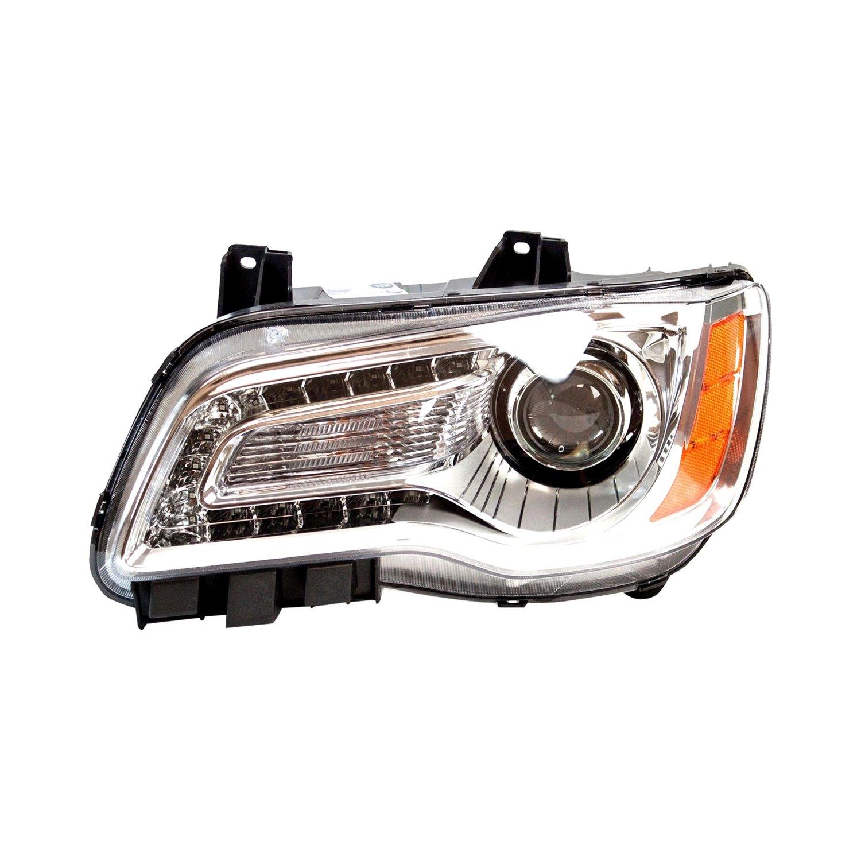 Chrysler 300 / 300C With Factory Halogen Headlights