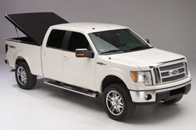 UnderCover® - SE™ Tonneau Cover on Ford F150