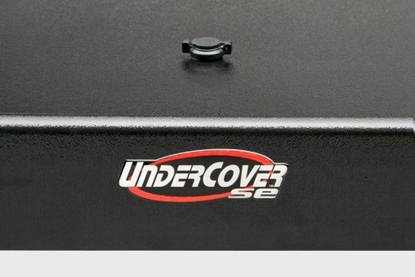 Undercover 174 Se Hinged Tonneau Cover