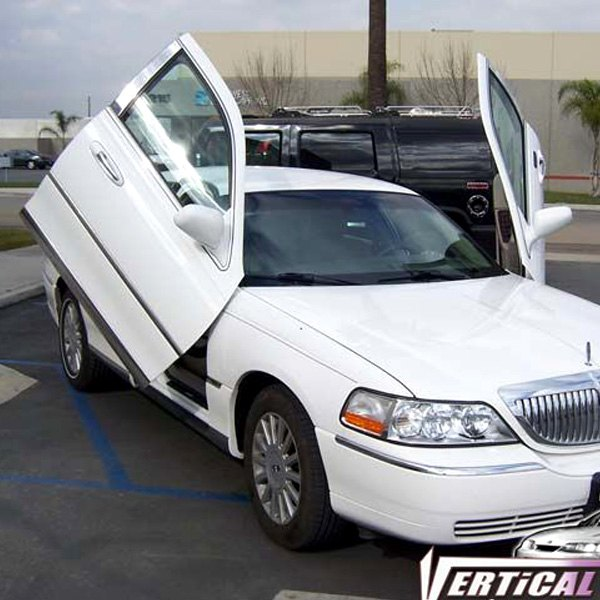 1998 Lincoln Town Car Interior: Vertical Doors® VDCLTC9806