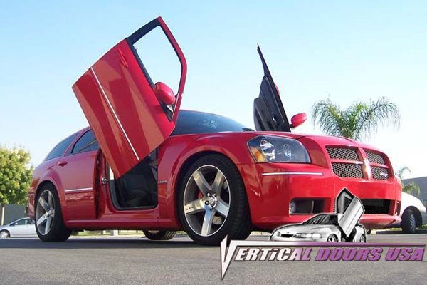 Vertical doors dodge magnum 2005 2008 lambo door - Dodge magnum interior accessories ...