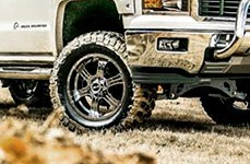 VISION OFF-ROAD® - ASSASSIN Phantom Chrome on Chevy Silverado
