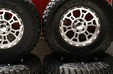 VISION OFF-ROAD® - RAPTOR Gloss Black with Machined Face Wheels