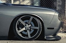 VOSSEN® - VVSCV3 Matte Graphite on Dodge Challenger