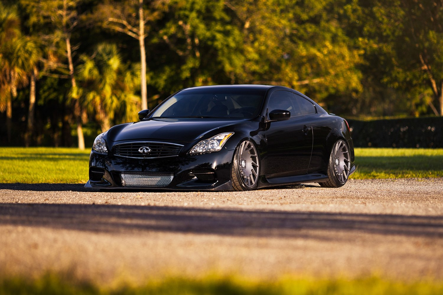 infiniti g35 with body kit spoiler infiniti free engine. Black Bedroom Furniture Sets. Home Design Ideas