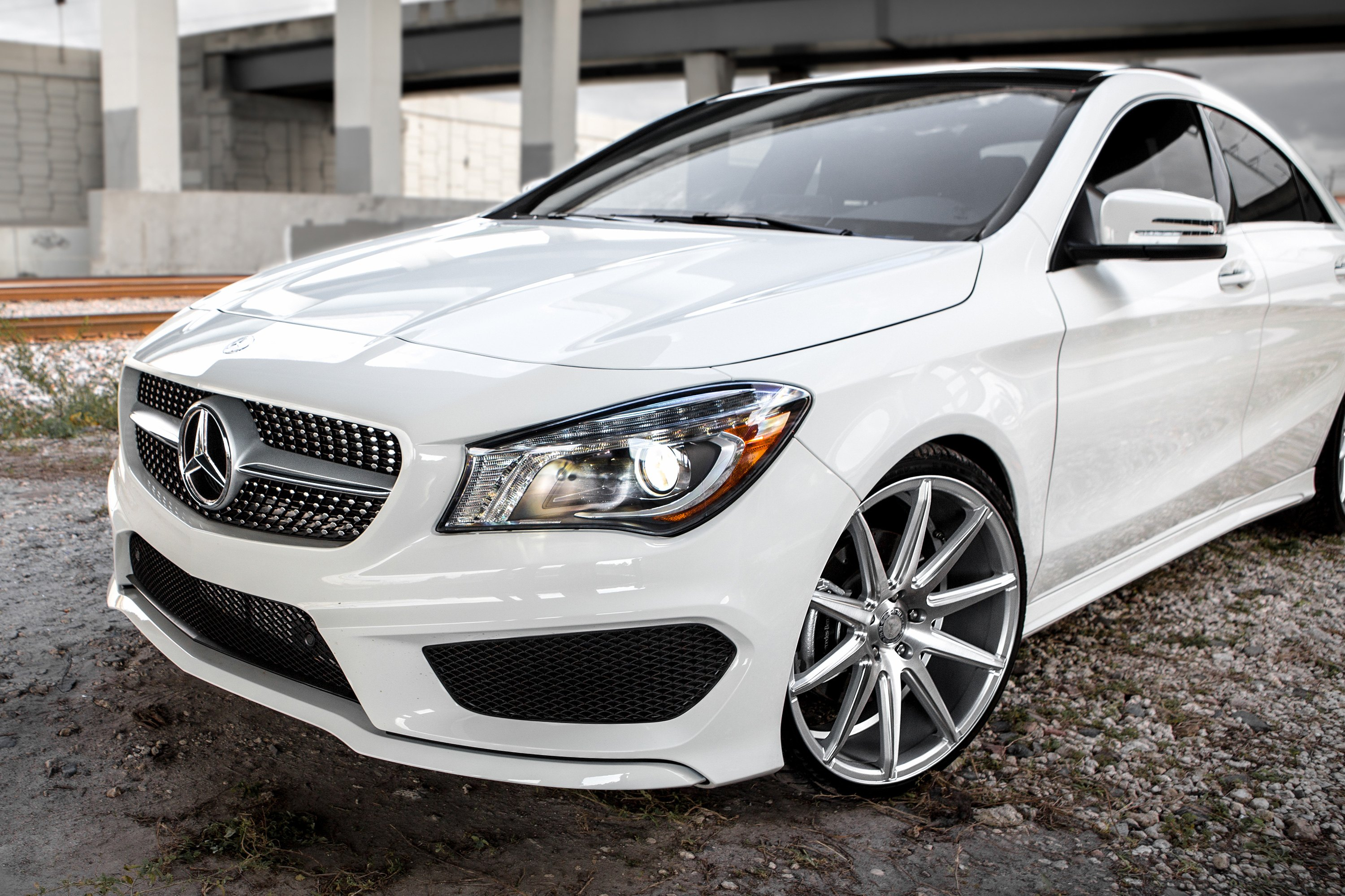 Xo sydney wheels matte silver with brushed face rims for Mercedes benz cla 350